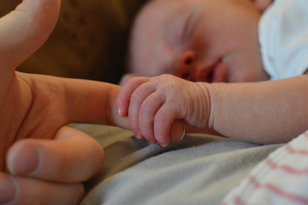 Batuk Pada Bayi, Bagaimana Cara Mengatasinya ?