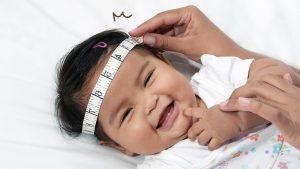 4 Manfaat Mengukur Lingkar Kepala Bayi