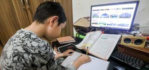 Peran Orang Tua dalam Penggunaan Internet Anak-Anak