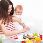 Mau Diet Saat Masih Menyusui? Perhatikan 4 Hal Ini